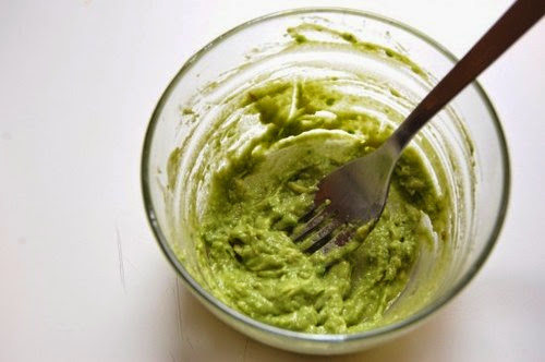 DIY SUPER SIMPLE Avocado Hair Mask