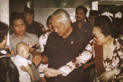 5 Hal Yang Tidak Pernah Kalian SANGKA.! Penyebab Lengsernya SOHARTO 1998 Di Tangan Rakyat