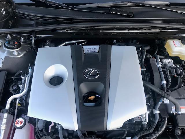Hybrid powerplant in 2020 Lexus ES 300h