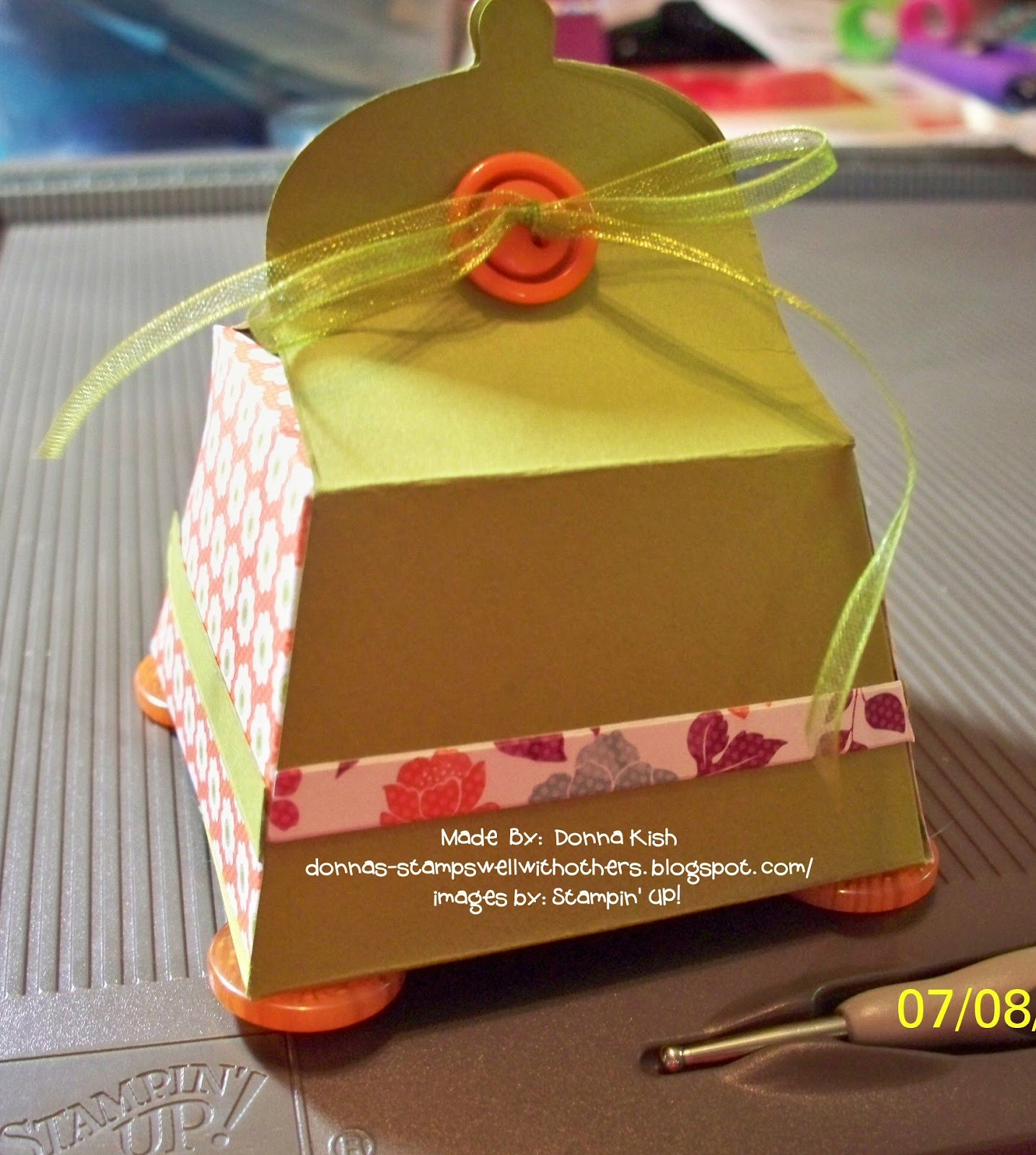 Stamps Well With Others: Petite Purse Square Box