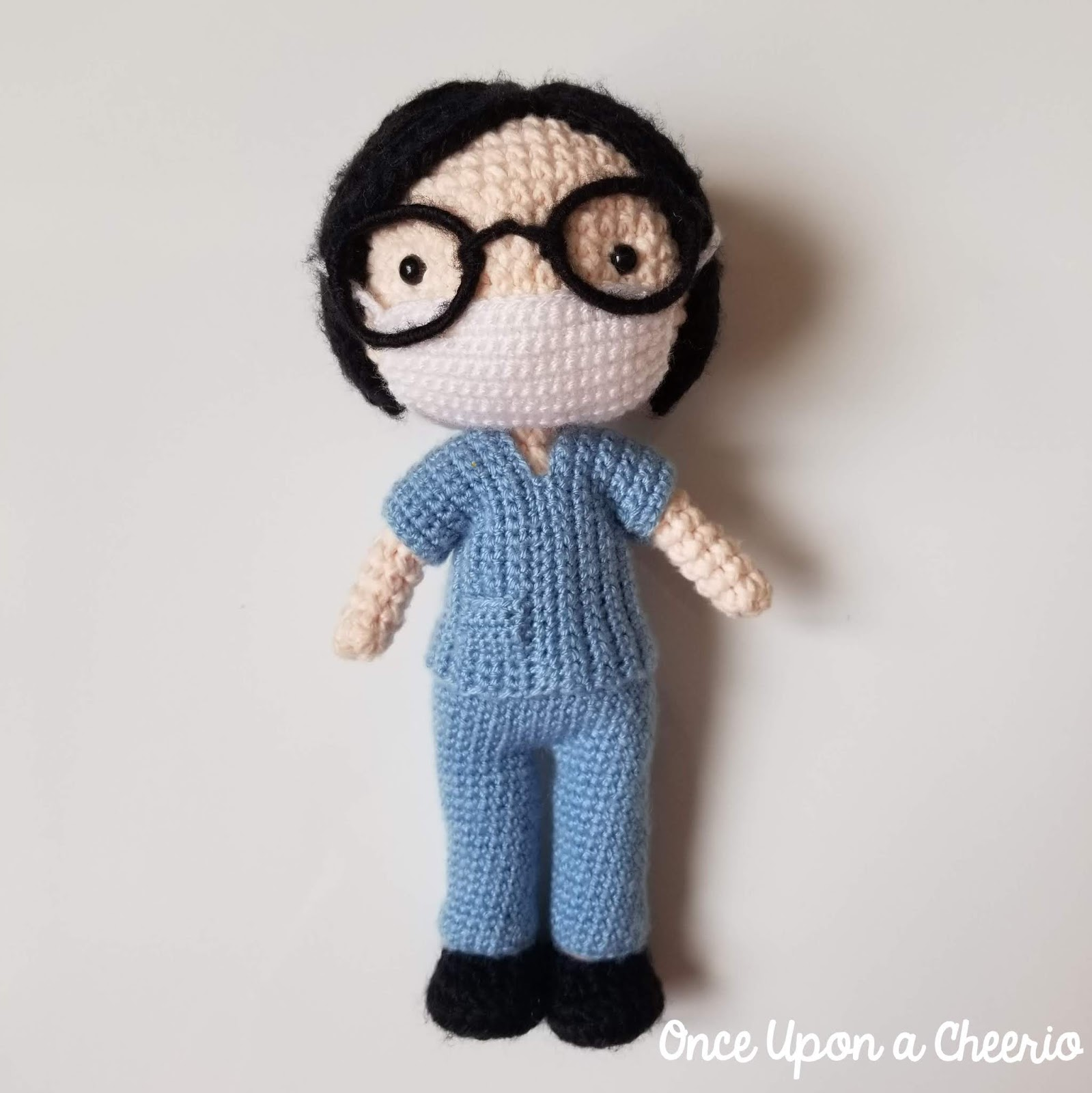 Nurse Cat Amigurumi Free Crochet Pattern - Cool Creativities | 1600x1599