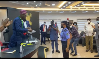 25 Years After Atlanta Olympics Gold Medal, Sanwo-Olu Rewards Chioma Ajunwa With A House ( Video)