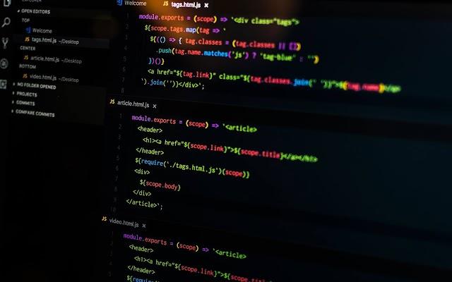 ما هو الفرق بين compiler و interpreter ؟