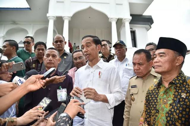 Jokowi soal Gizi Buruk: Jangan Bayangkan Asmat Kayak di Jawa, Ini Hutan Belantara