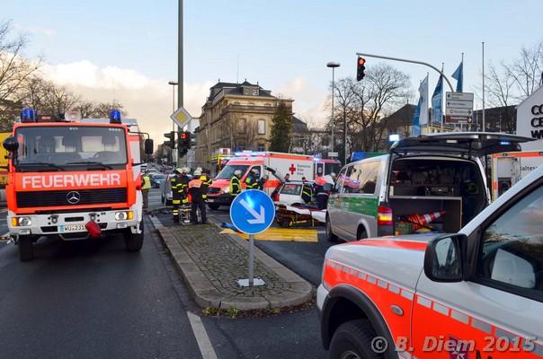 Unterfranken Aktuell: Bei Rot In Kreuzung Eingefahren