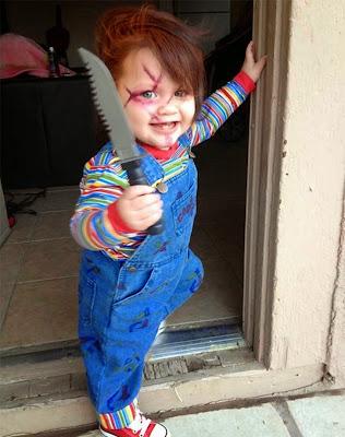 Niño disfrazado como personaje de película
