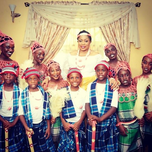 Rejoice And Rejoice: Nigerian Gospel Singer Sinach Weds