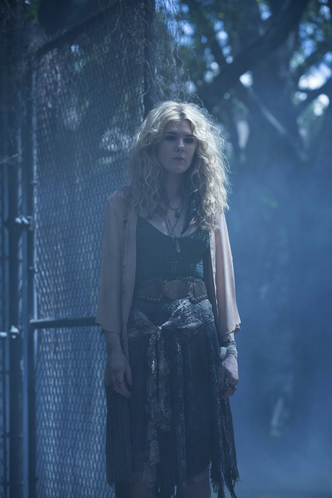 Whiskey & Daffodils : Style Inspiration: Misty Day ...