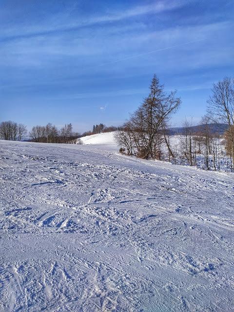narty w pobliżu Wrocławia, Rzeczka, stok narciarski, szkółka,