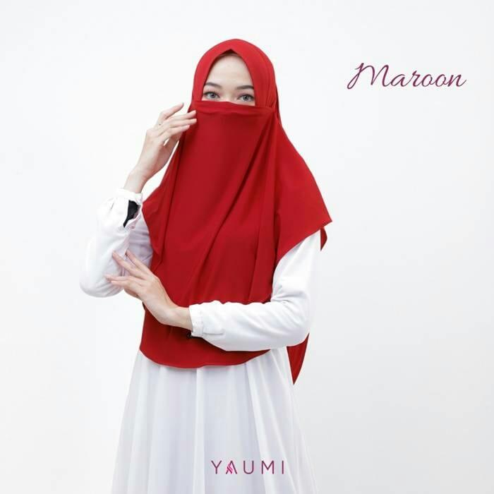 Yaumi Hijab Khimar Almira Maroon