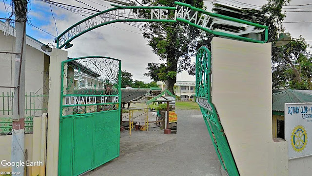 The Central Elementary School in Mataasnakahoy during the term of Mayor Felino Templo in the 50s.  Image source:  Google Earth Street View.