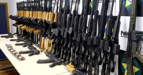 Not cias em primeira m o c mara torna crime hediondo for Uso e porte de arma