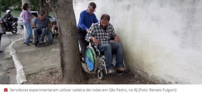 Servidores públicos saem às ruas vivenciando o dia a dia de deficientes físicos e visuais