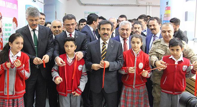 Diyarbakır'da 52 okulda Z Kütüphanenin açılışı yapıldı