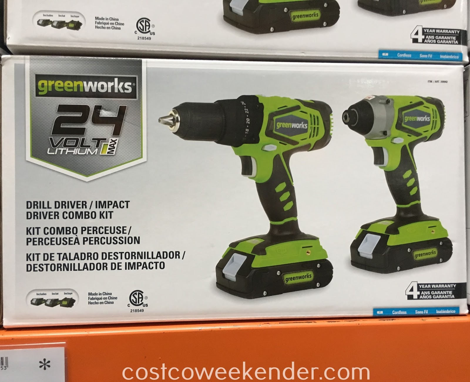 Do some home repair with the GreenWorks Drill Driver/Impact Driver Combo Kit