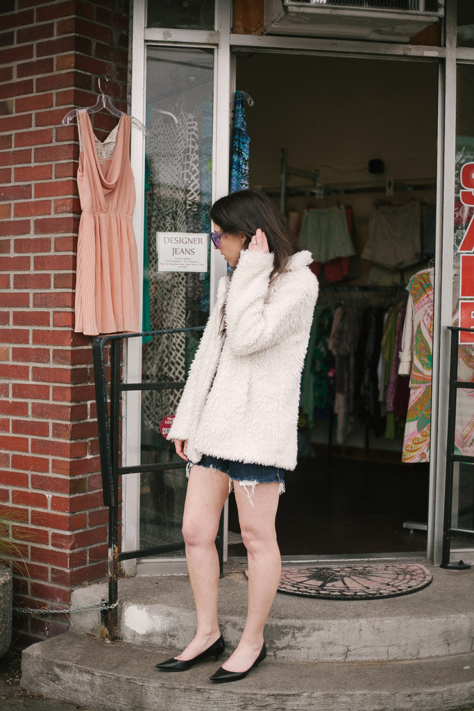 Happy National Thrift Store Day! 5 Items I Always Look For When Thrifting