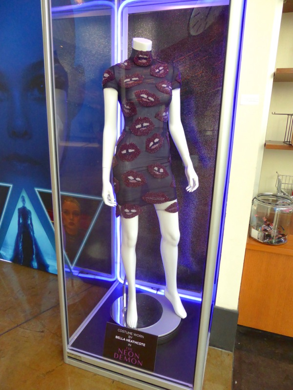 Bella Heathcote Gigi costume Neon Demon