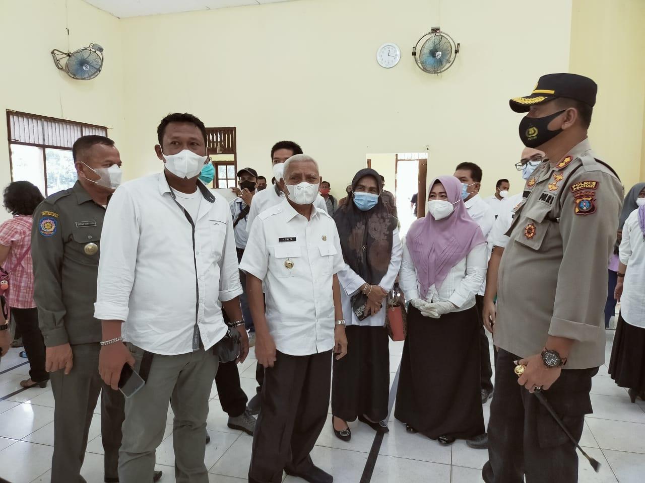 Pastikan Berjalan Baik, Bupati dan Kapolres  Asahan Tinjau Pelaksanaan Vaksinasi Massal di Kecamatan Aek Songsongan