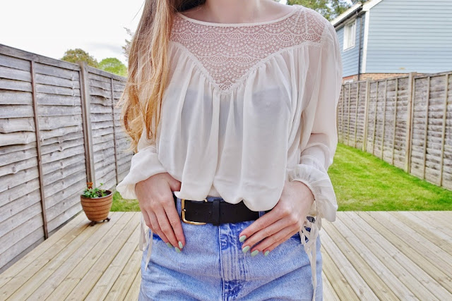 hm blouse lace detail
