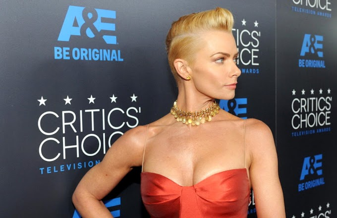 Jaime Pressly looks breathtaking in a party outfit