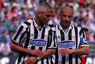 Vialli played alongside fellow striker Fabrizio Ravanelli (left) during his four years with Juventus