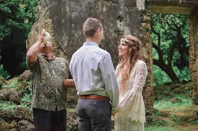 Hawaiian Wedding Tradition