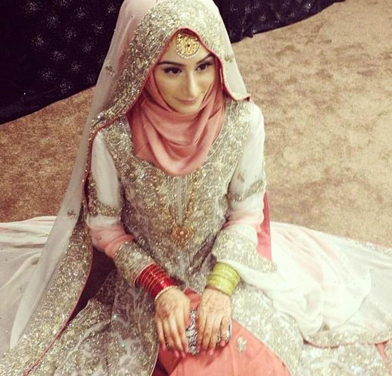 Pink wedding dress in Hijab Dp 2016