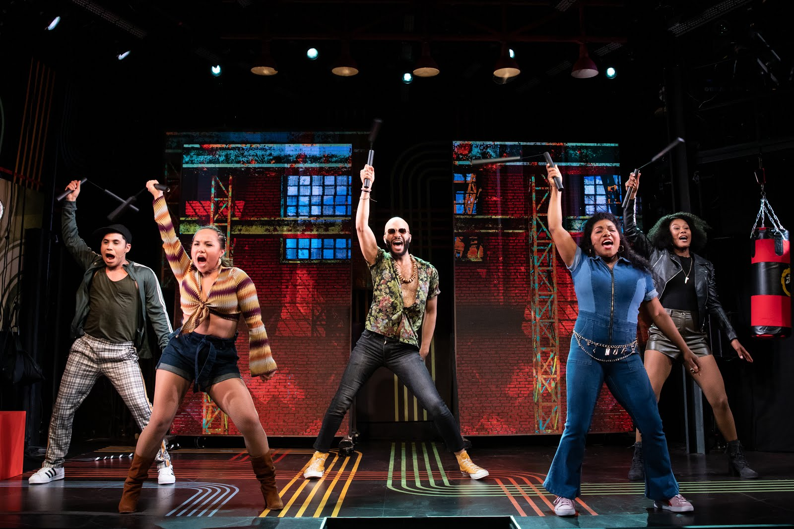 Says Me Says Mom: More Theater Monday* - Broadway Bounty Hunter