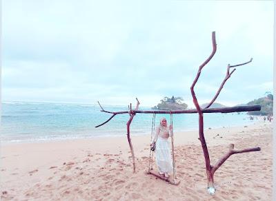 Foto Pantai