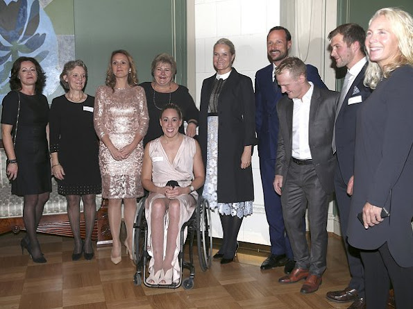 Norwegian teams in the Rio de Janeiro 2016 Olympics and Paralympics Princess Mette Marit wore Valentino dress