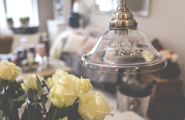 lugnet life & living sisustusliike lasinen lamppu