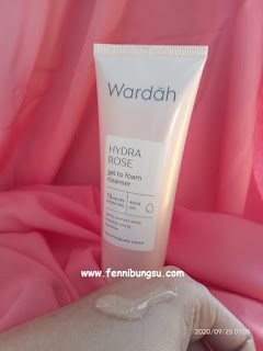 manfaat Wardah Hydra Rose Gel to Foam Cleanser, harga Wardah Hydra Rose Gel to Foam Cleanser, kandungan Wardah Hydra Rose Gel to Foam Cleanser, ingredients Wardah Hydra Rose Gel to Foam Cleanser, Wardah Hydra Rose Gel to Foam Cleanser ingredients, bahan-bahan Wardah Hydra Rose Gel to Foam Cleanser, review Wardah Hydra Rose Gel to Foam Cleanser, Wardah Hydra Rose Gel to Foam Cleanser cocok untuk kulit apa, efek Wardah Hydra Rose Gel to Foam Cleanser,