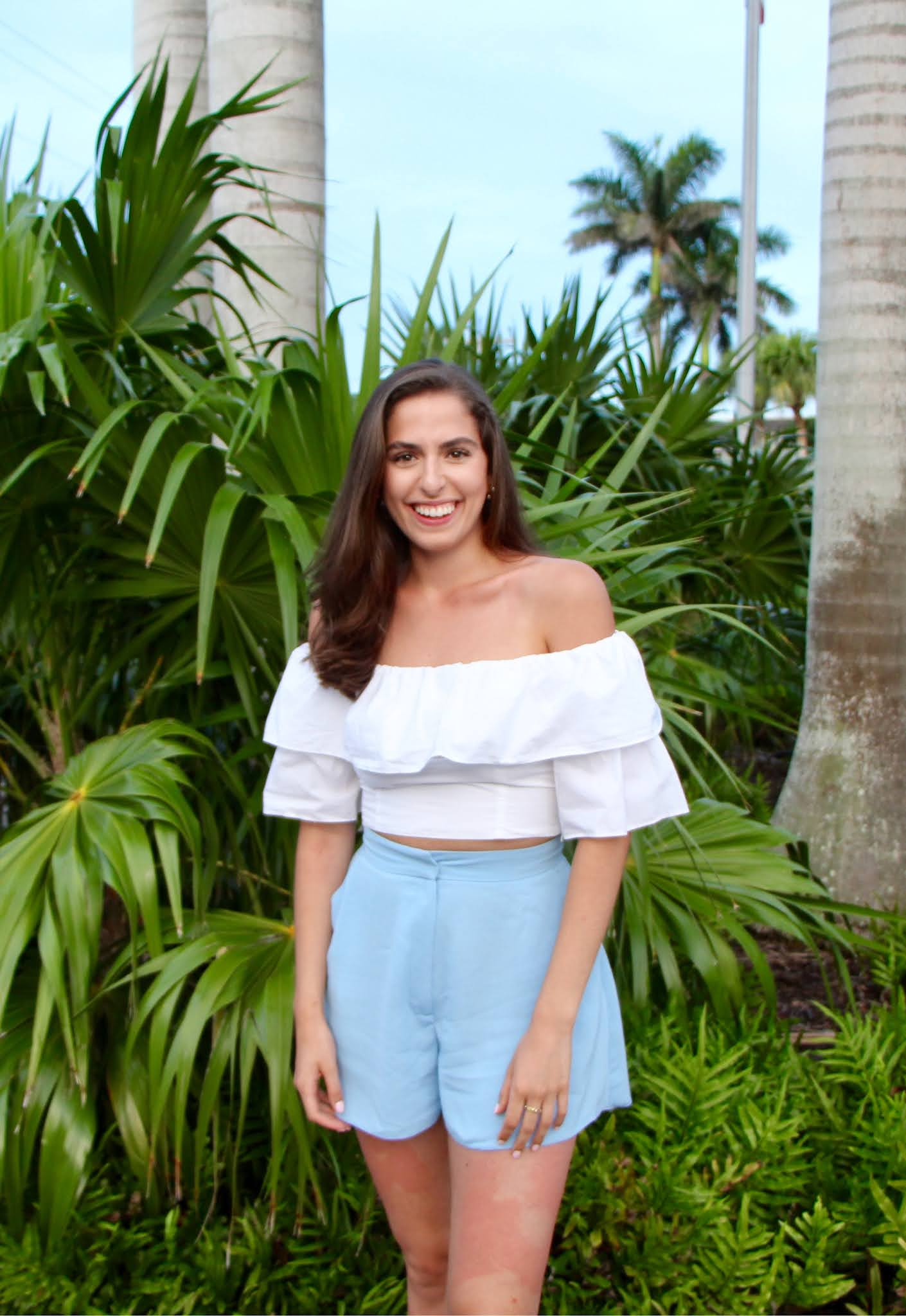 vacation, florida, tropical, white crop top, ruffle top, blue shorts