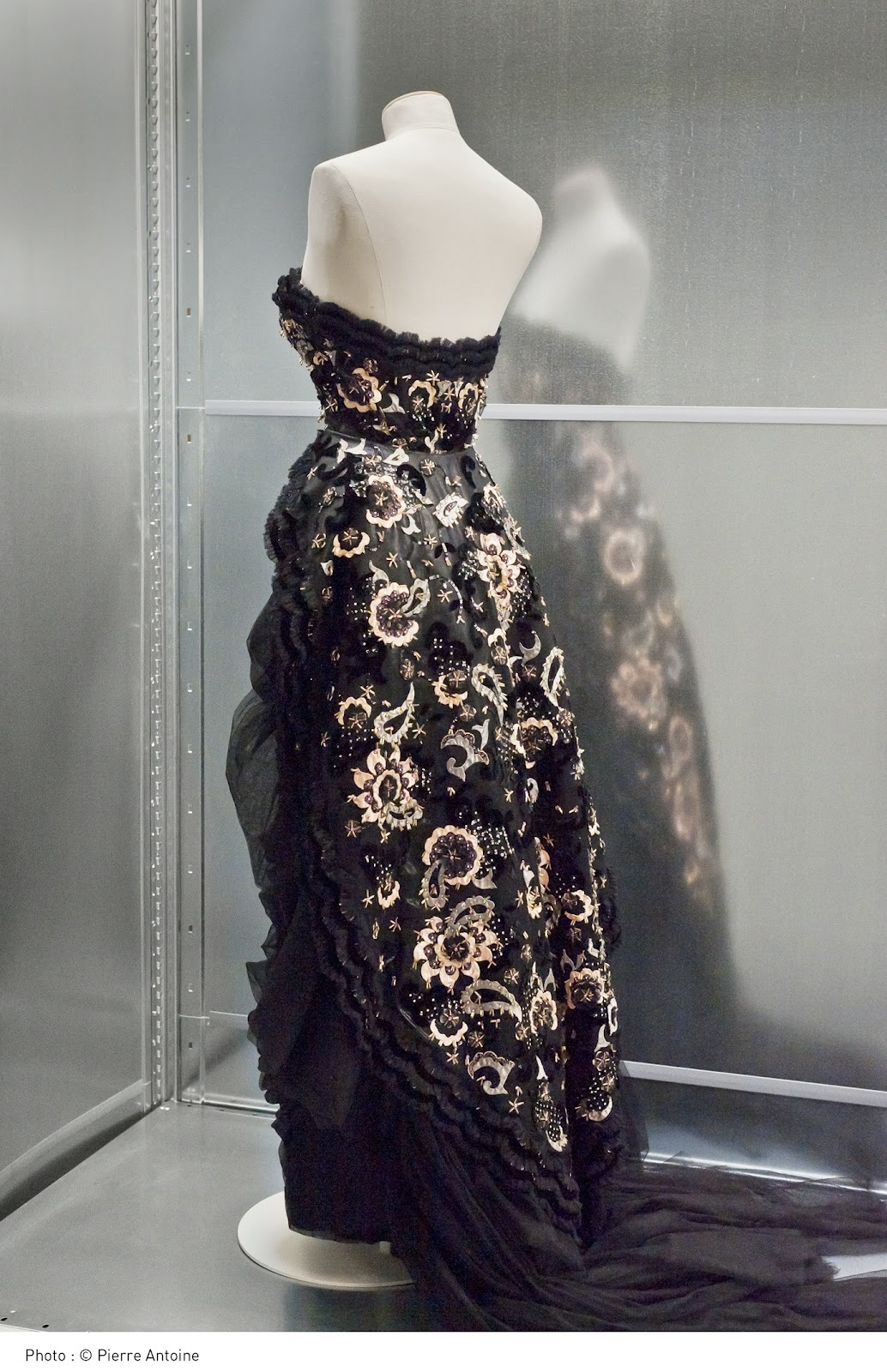 Cristóbal Balenciaga: The Great Master of Couture | HuffPost
