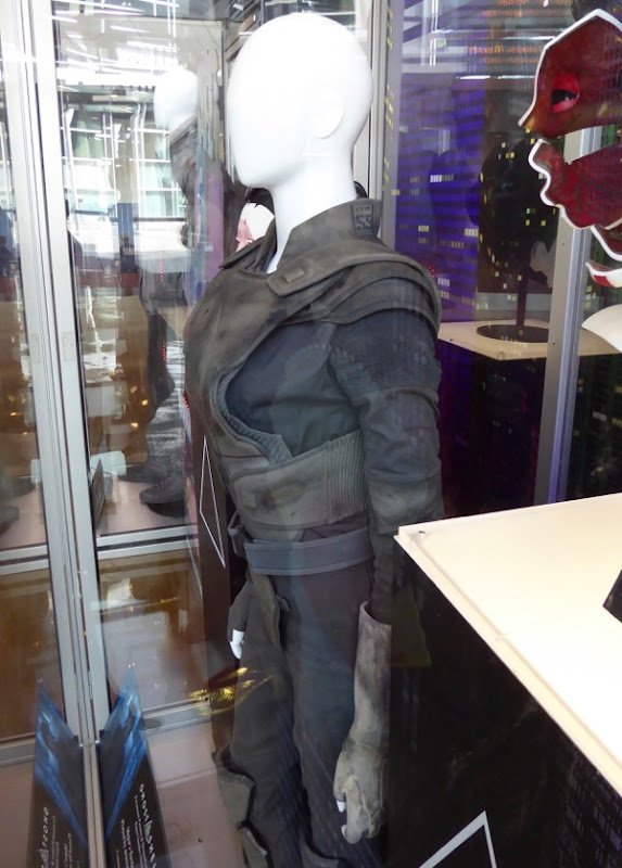 Ghost in the Shell Major tactical costume detail