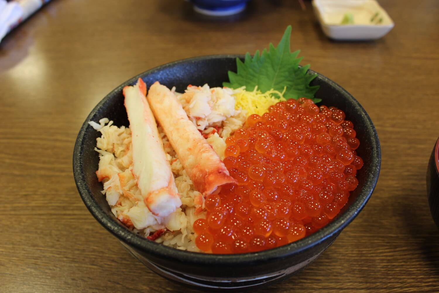 sapporo curb market salmon rose and crab bowl taraba ikura don