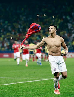 Alexis Sanchez Chile frente a Colombia