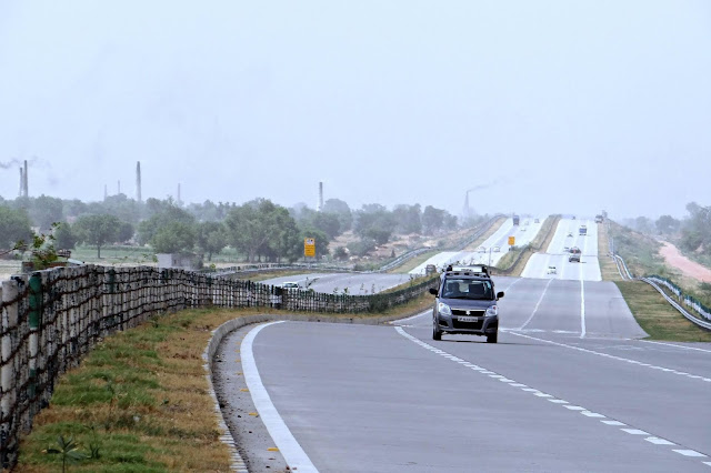 Top-10-Expressway-in-India