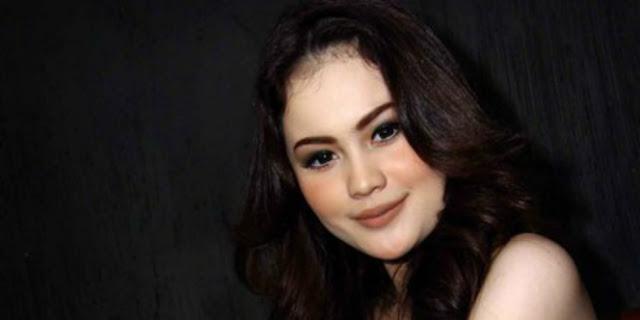 Profil dan Biodata Jennifer Dunn + Foto