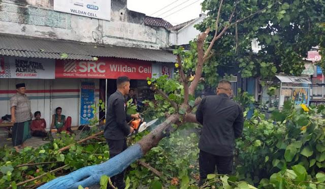 Dampak cuaca buruk di Lumajang