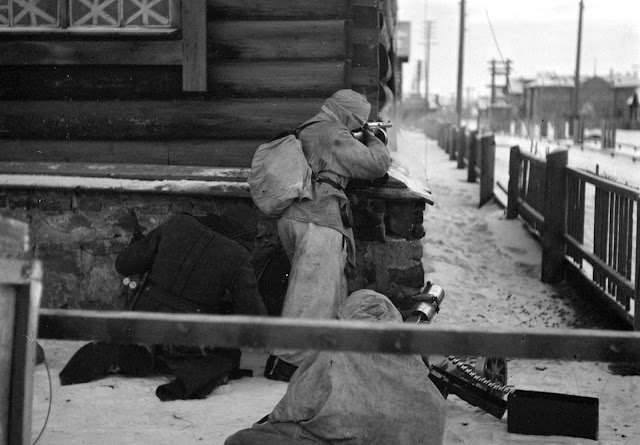 Street fighting in Medvezhyegorsk, Russia. The town was occupied by Finland for three years.