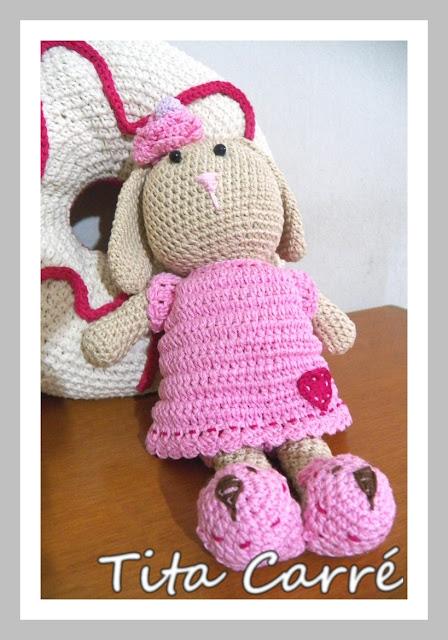 Coelha Belinha em crochet