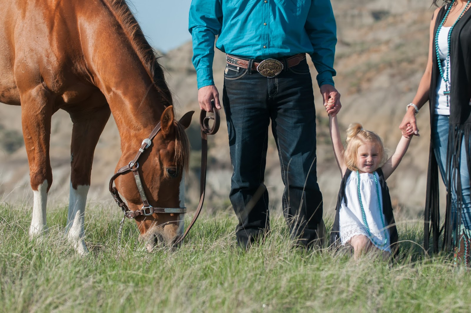 E-session, Montana, Whitney Bird Photography, Cowgirl, Horse