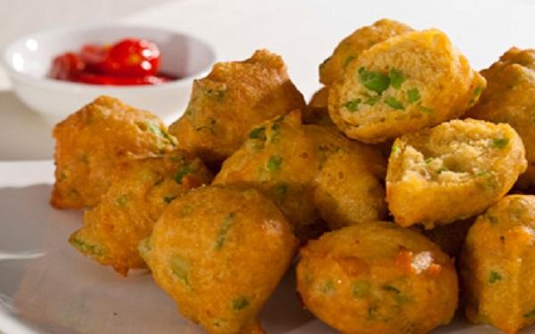 Receita de bolinhos de almeirão com batata (Imagem: Reprodução/Pensamento Verde)