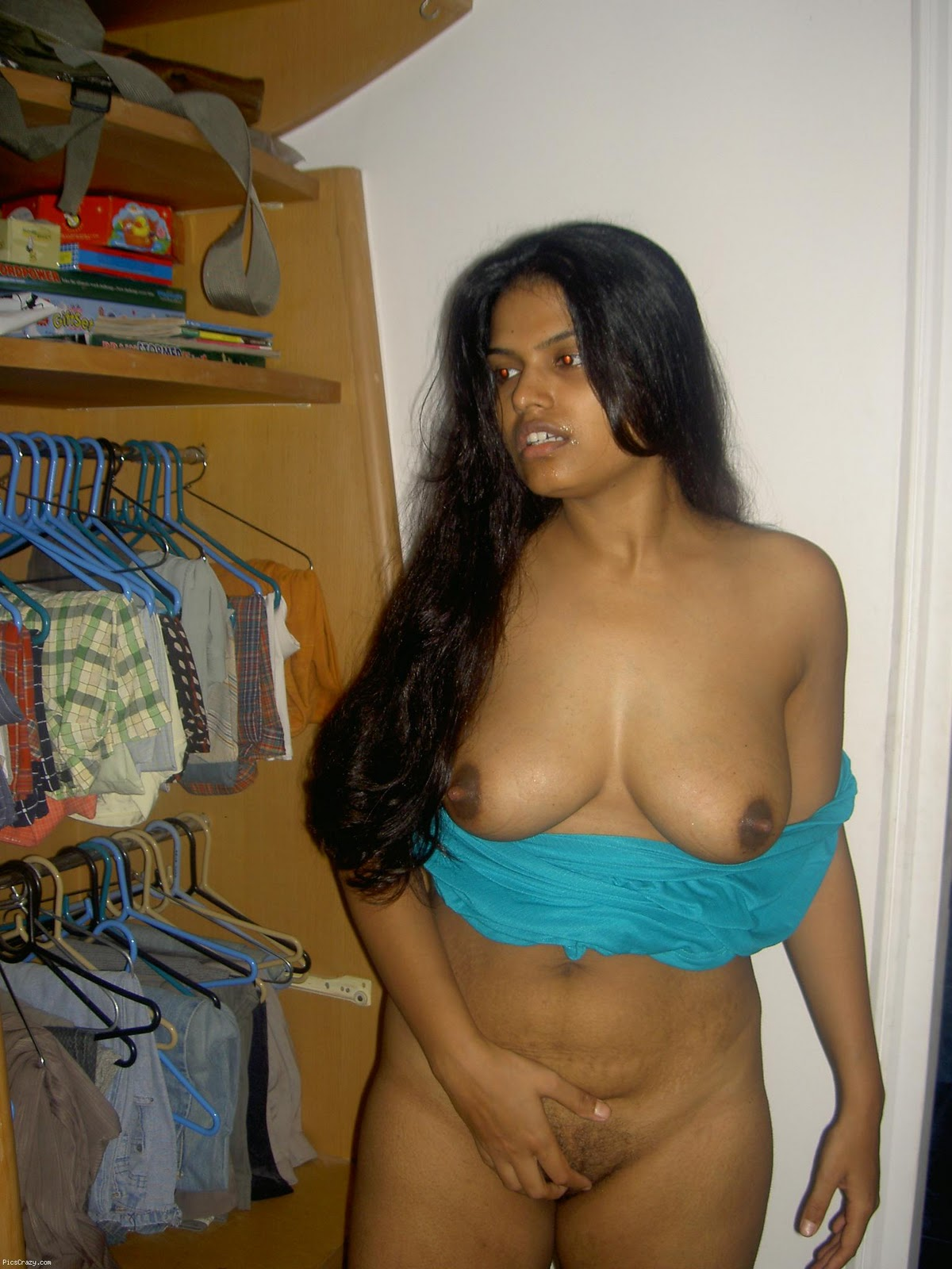 Indian homely boobs