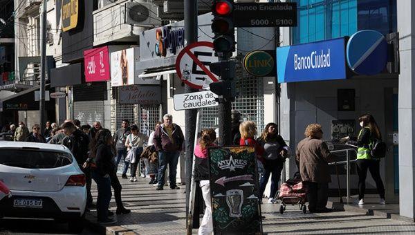 Argentina relaja cuarentena y exceptúa nuevas actividades