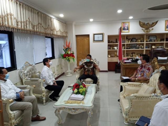 Edwin Silangen Apresiasi Program Aksi Pangan yang Digagas OJK Sulutgomalut .lelemuku.com.jpg