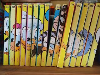 Bände der Comic-Reihe Lustiges Taschenbuch