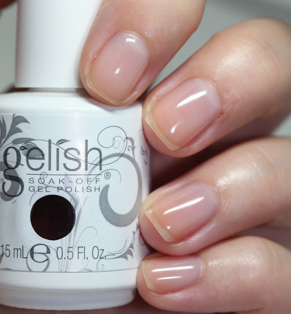 Gelish Soak-Off Gel Polish in Simple Sheer