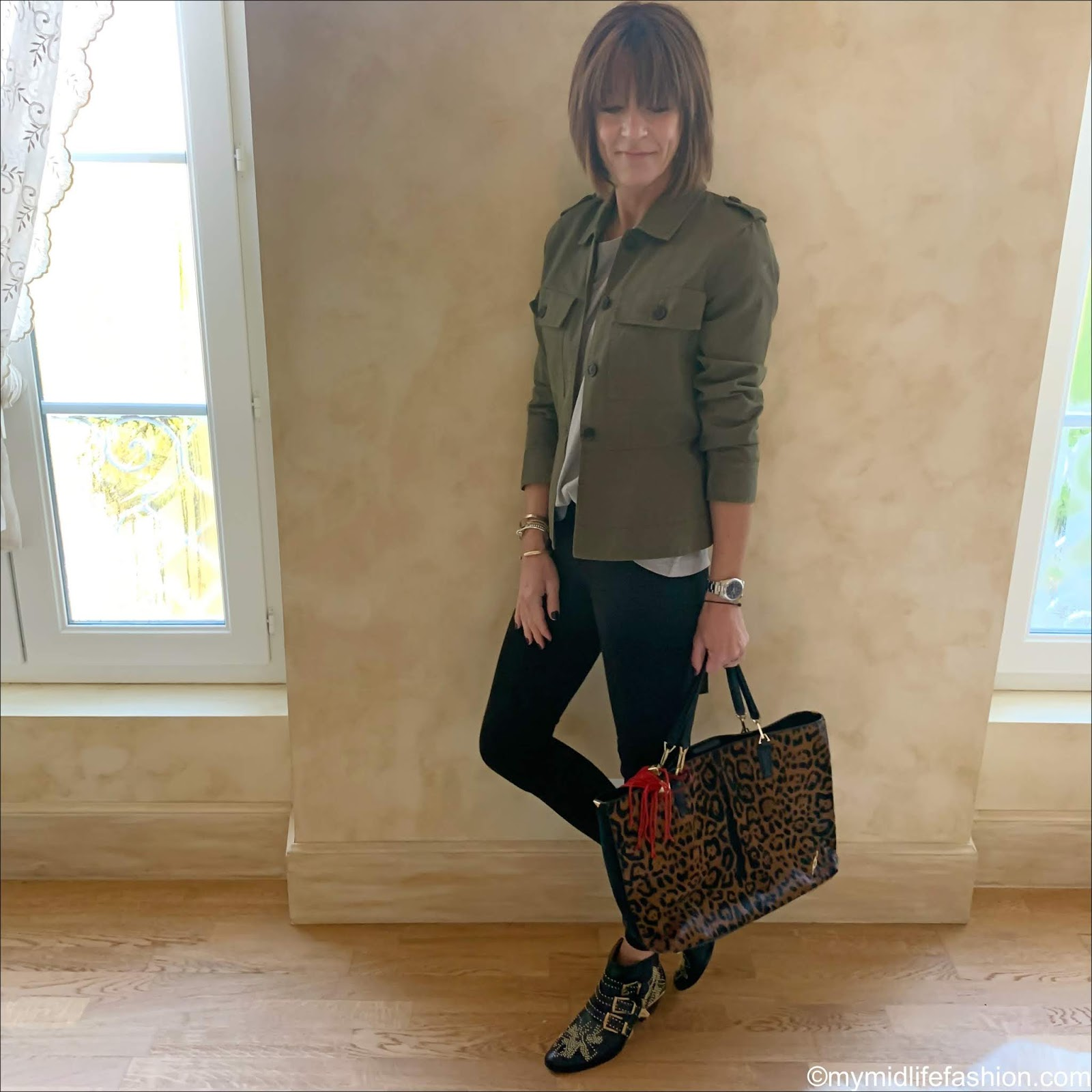 my midlife fashion, j crew shacket, Joseph crew neck t shirt, j crew 8 inch toothpick true black jeans, Chloe Susana boots, Brian Atwood leopard print bag